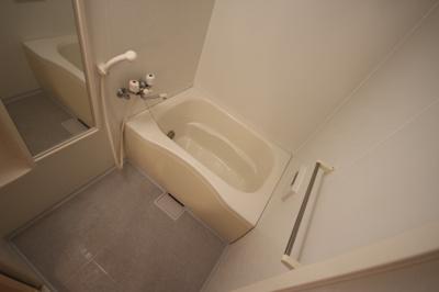 【浴室】ラ・クエスタ岡本