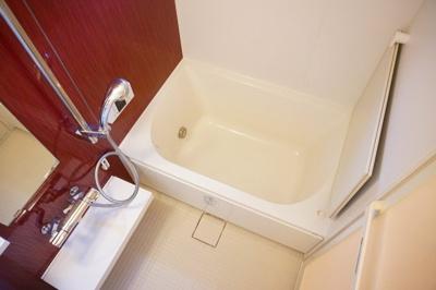 【浴室】セジュール谷町六丁目
