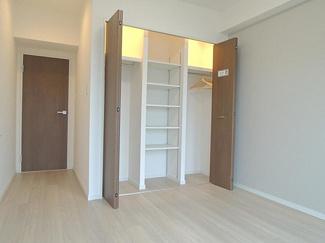 各居室6帖以上のゆとりある間取り設計です。