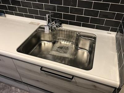 システムキッチンは浄水機能付が嬉しいですね。