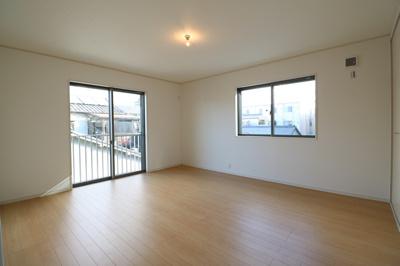 2階に3室ある洋室は、いずれも2方向に窓を設けており、通風・採光は抜群です ※同仕様写真