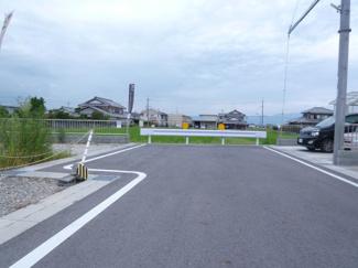 【前面道路含む現地写真】守山市小島町 16号地 売土地