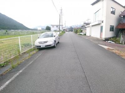 【前面道路含む現地写真】氷上町成松750万円売地