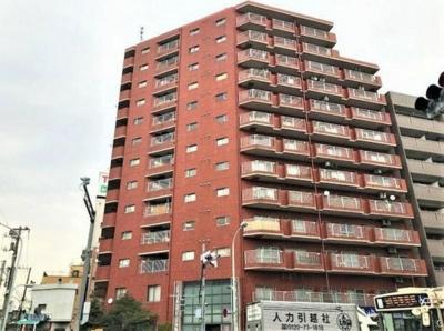 都営浅草線「本所吾妻橋」駅徒歩約1分と便利な立地のマンションです。
