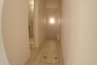 2階から見た階段側です。