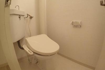 トイレも2階部分になります。もちろん入替済み!