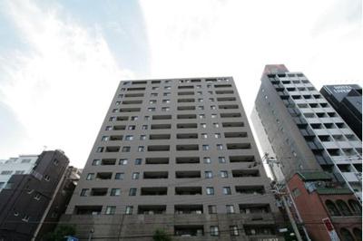 東側角部屋です。 また、10階部分と眺望・陽当り良好!地下鉄谷町線「東梅田」駅徒歩8分!
