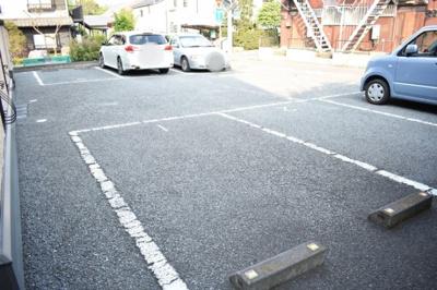 【駐車場】マノワール堀の内