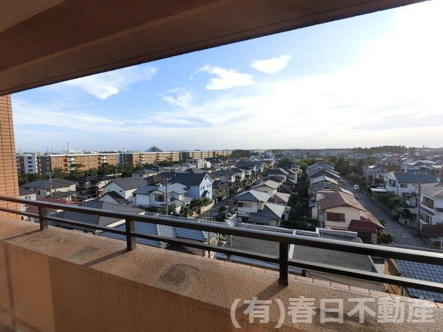 南西側は低層住居専用地域につき、将来にわたって日照・眺望をお約束できます