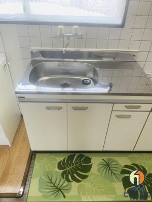 キッチン設備は新品です