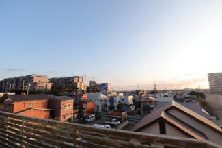 千葉市中央区白旗 中古一戸建て 蘇我駅 陽当たり、通風、眺望どれをとってもこの物件でしか味わう事ができない立地です! 高台ならではの絶景です!
