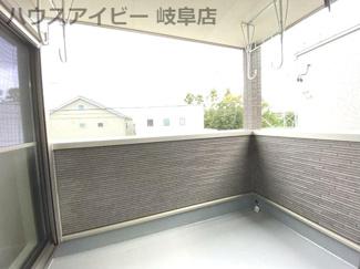 岐阜市鏡島 新築戸建全2棟 太陽光発電システム搭載 お車スペース3台可能!