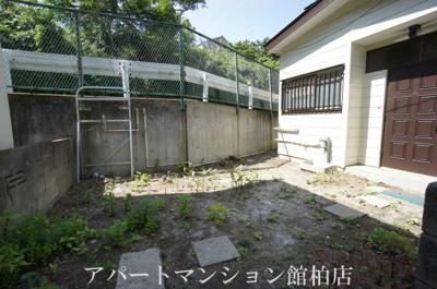 【庭】柏戸建て