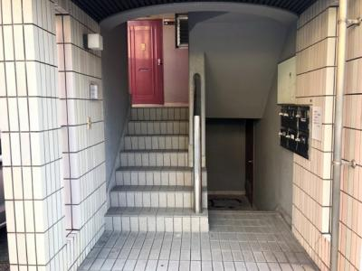 【エントランス】カルチェ松本Ⅰ