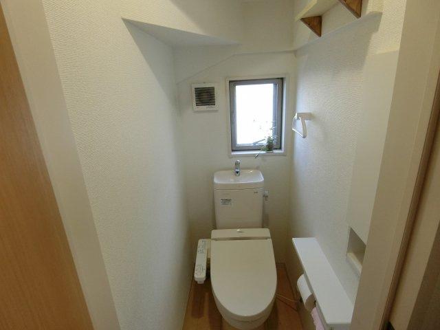 1階のトイレもきれいです
