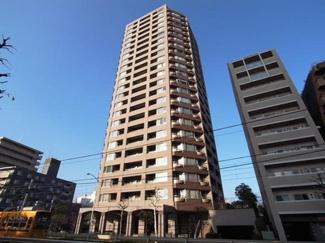 都電荒川線「早稲田」駅まで徒歩約2分と利便性の高い立地です。