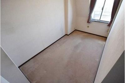 最上階の角部屋につき、音が気になりにくい環境です。