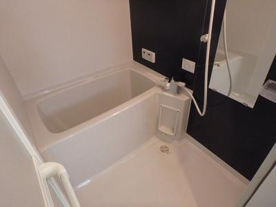 【浴室】ウイングス三萩野