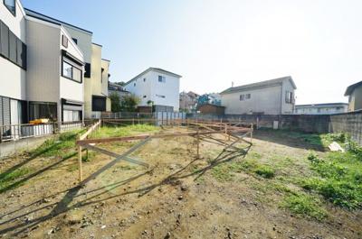 相鉄本線「上星川」駅より平坦徒歩約8分と便利な立地です。