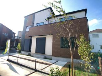 敷地は40.35坪~48.19坪で整然とした16区画の大型分譲住宅です。