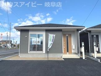 羽島市舟橋町 新築戸建全3棟 平屋の新築戸建 前面道路広くお車停めやすいです