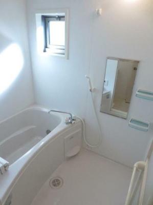 【浴室】レトア横浜Ⅱ