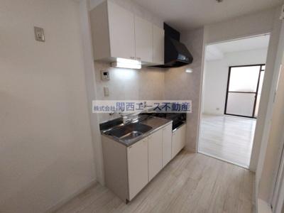 【キッチン】シャルル四条畷駅前