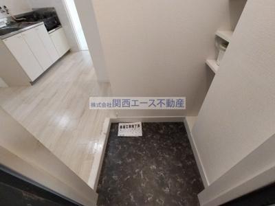 【玄関】シャルル四条畷駅前