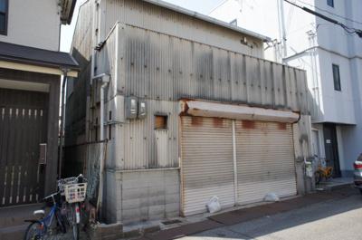 【外観】樽屋町事務所付倉庫