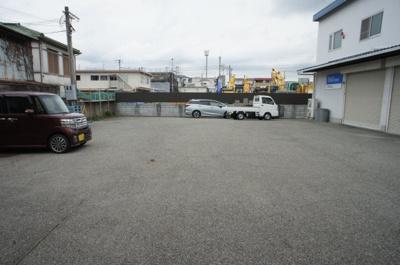 【駐車場】硯町1丁目倉庫