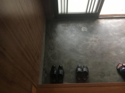【玄関】寺家町貸家B号室(連棟)