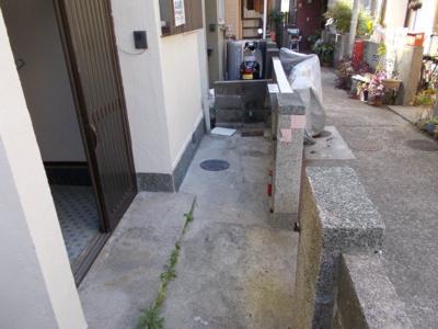【庭】山手6丁目8-2貸家
