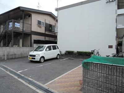 【駐車場】菱屋西