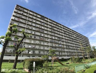 JR東海道本線「塚本」駅徒歩10分・阪急全線「十三」駅徒歩13分