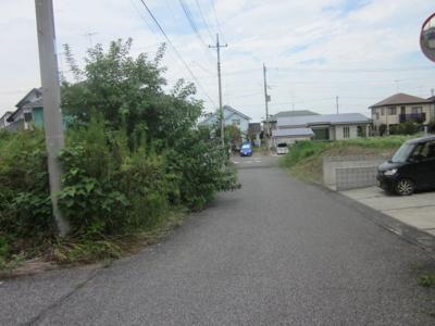 【前面道路含む現地写真】熊谷市船木台3丁目 890万 土地