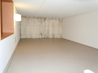 大型収納で整理ラクラク♪居室スペースも広々使えます!