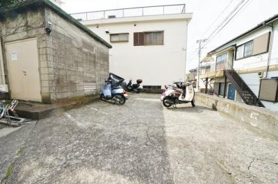 【駐車場】星川シュロス