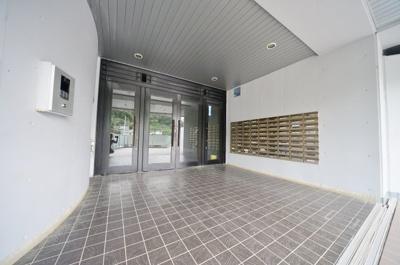 【エントランス】ヒルテラス横浜・保土ヶ谷1番館