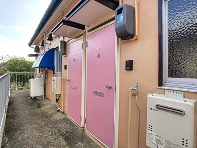 【玄関】桃ヶ丘アパートA棟
