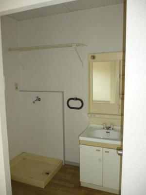 室内洗濯機置場(反転タイプです)