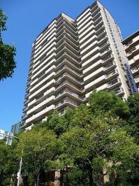 桜宮リバーシティウエスト13-1号棟は1991年3月に竣工された、地上23階建てで、総戸数が143戸のタワーマンションです