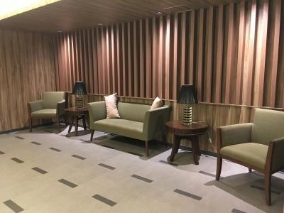 【エントランス】レーベン平井ヴェネージオ 4階 2013年築 リフォーム済