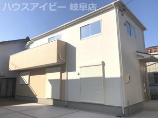 岐南町平島、新築建売全3棟 プライベートなお庭スペースあり 収納たっぷり新築戸建 外観もきれいです