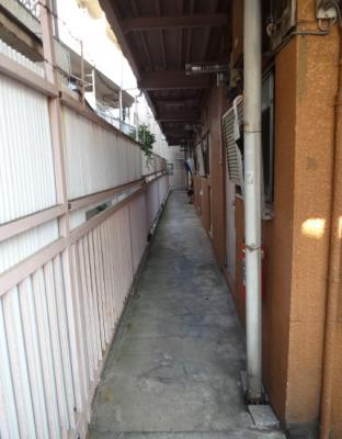 青山ビル 共用廊下