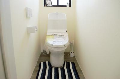 3階トイレ
