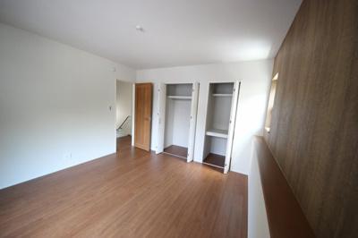 2階洋室8帖