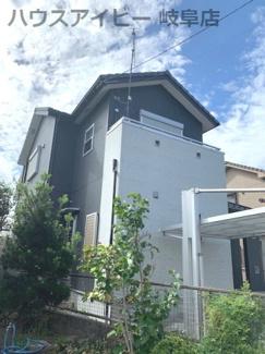 岐阜市鏡島 中古住宅 築9年 住宅ローン控除対象物件です。 オール電化 リフォーム済み インナーバルコニー付き カーポートも付いてます♪ 扉のついたリビング階段