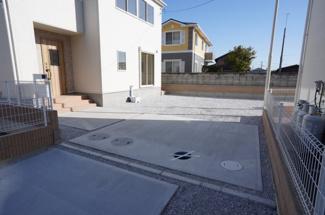 駐車スペースは3台以上可能!