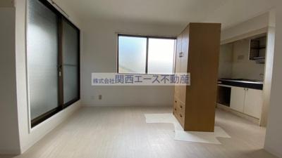 【寝室】LiveSpace東大阪