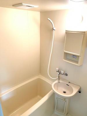 風呂・トイレ別です(^^)/